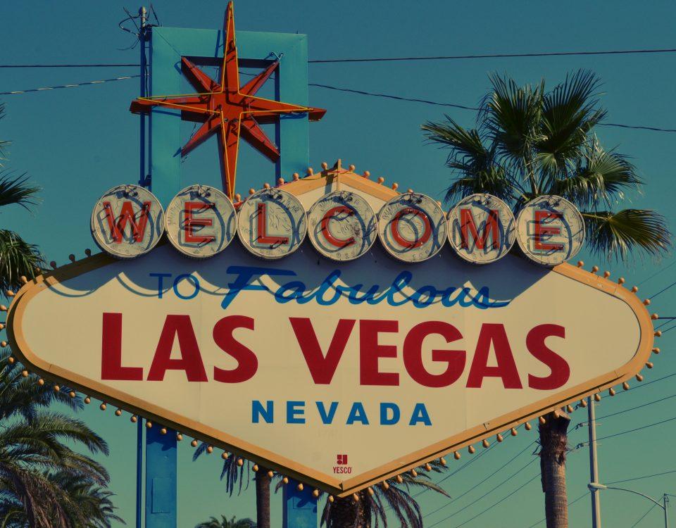 Las Vegas Reopens Pool Parties 2020